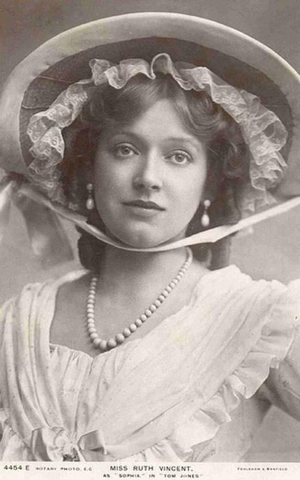 05 Gambar Gambar Wanita Tercantik 100 Tahun Dulu