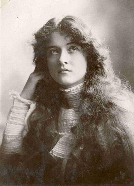 09 Gambar Gambar Wanita Tercantik 100 Tahun Dulu