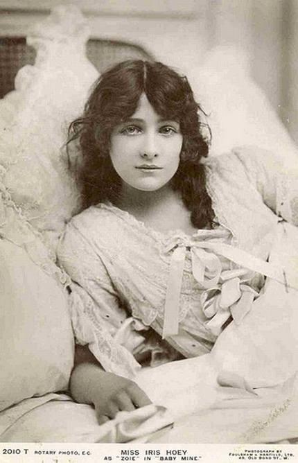13 Gambar Gambar Wanita Tercantik 100 Tahun Dulu