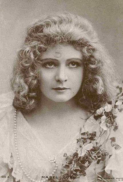 14 Gambar Gambar Wanita Tercantik 100 Tahun Dulu