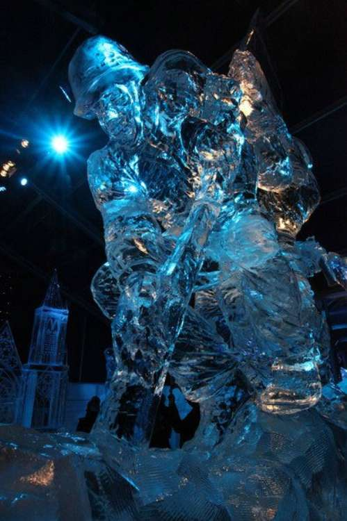 amazing ice sculpture wallpapers - photo #23