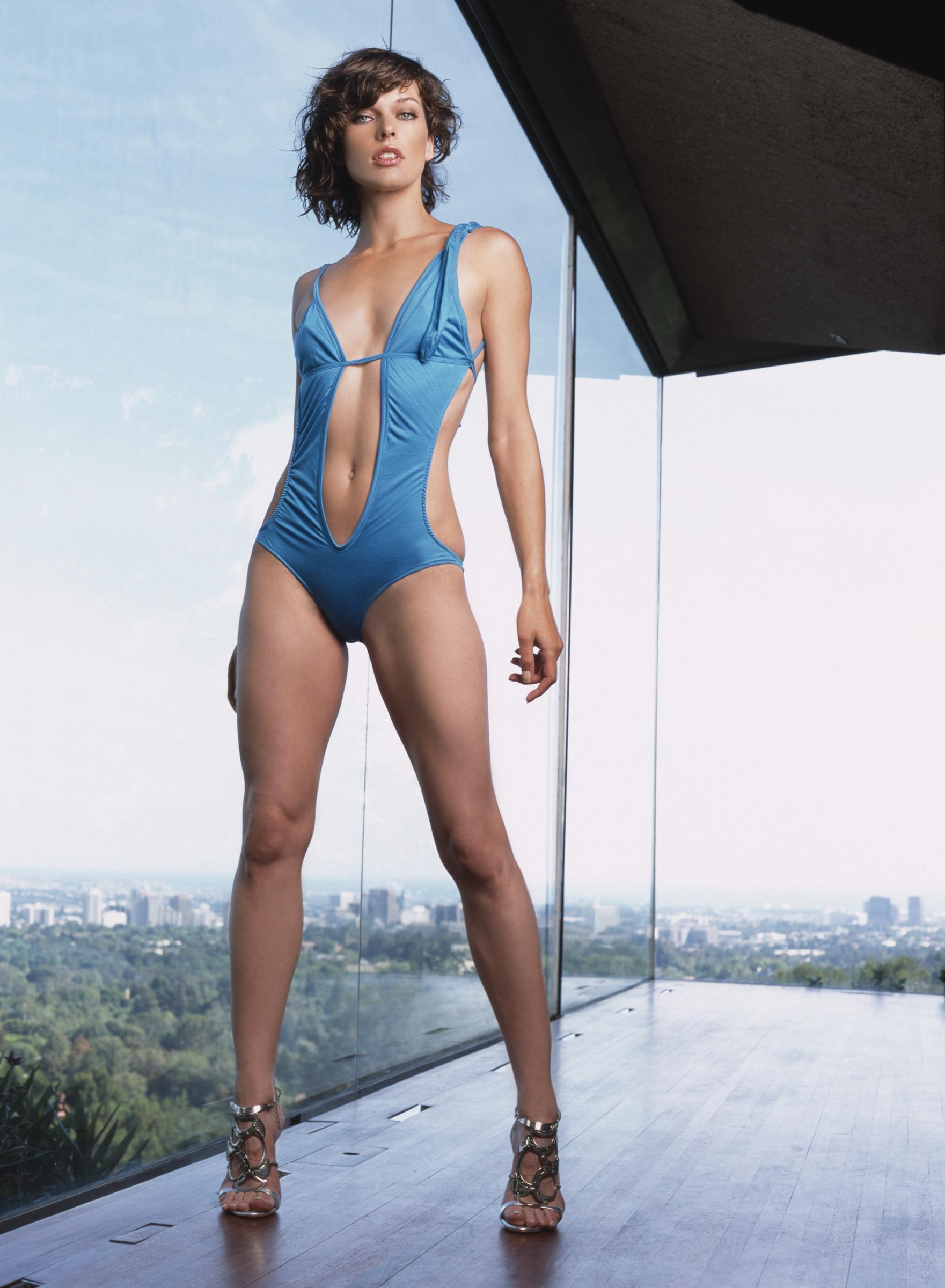 Milla jovovich pictures sosandranews - Div style padding ...