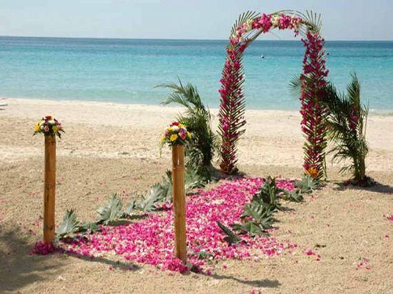Amazing Beach Wedding Decoration Ideas: Beautiful Beach Wedding Decorations