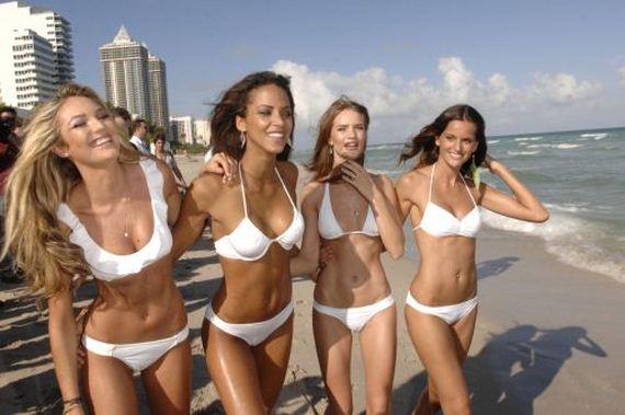 Фото группового секса с молоденькими пухлыми девушками