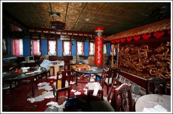 Abandoned Floating Chinese Restaurant Barnorama