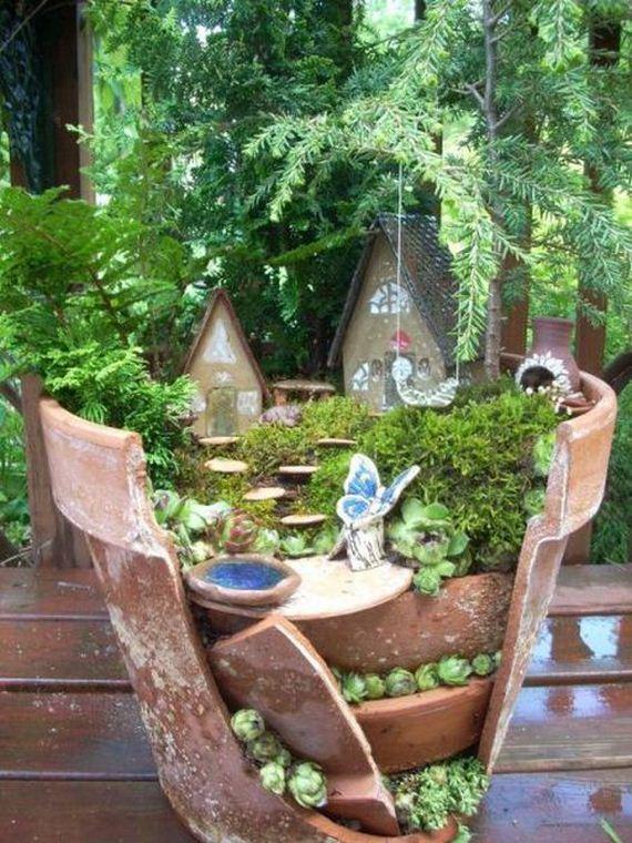 14 - Miniature garden - Photos Unlimited