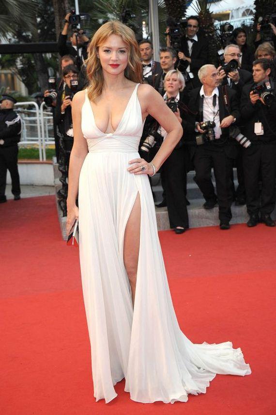 Virginie Efira and Her Hot Dress (11 pics)   Hot dress