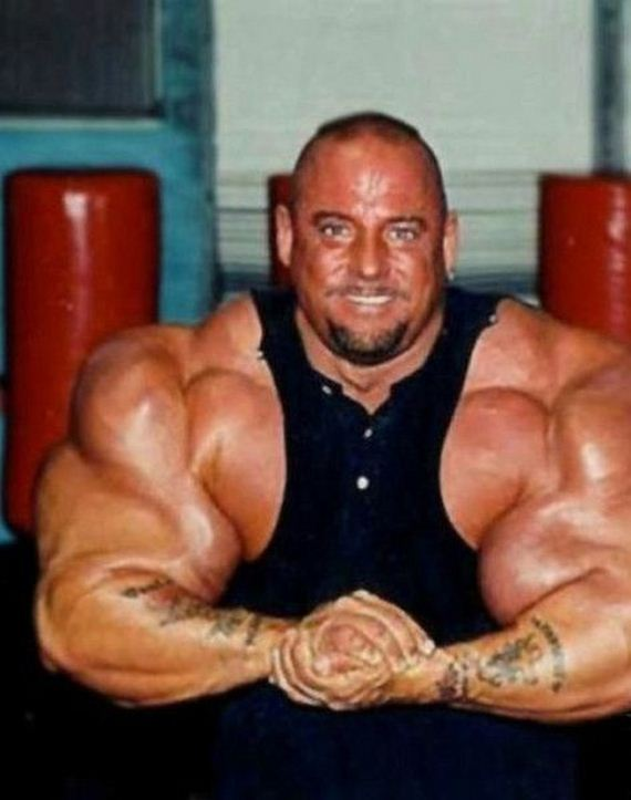 Another Synthol Victim - Barnorama