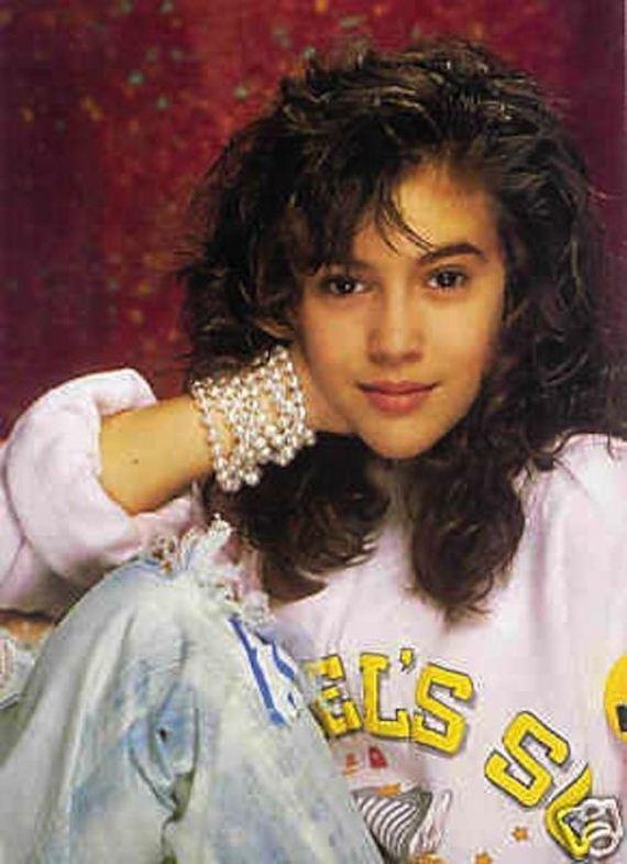 Alyssa Milano In The 90s Barnorama