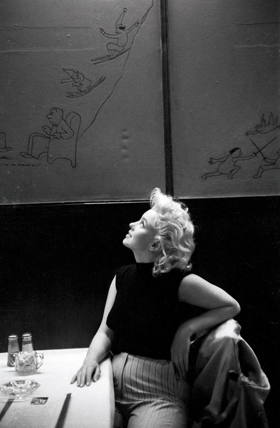 Candid-Photos-Of-Marilyn-Monroe