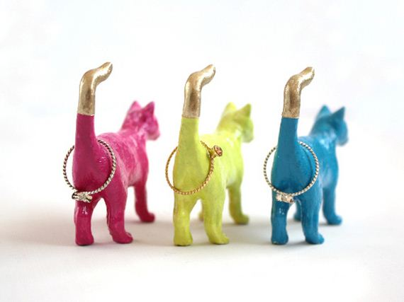 Cool-DIYs-Using-Toy-Animals