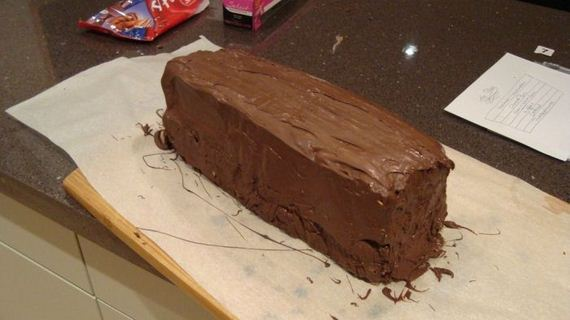 DIY Giant Chocolate Bar - Barnorama
