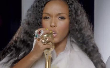 Janelle-Monae-Lets-Her-Hair