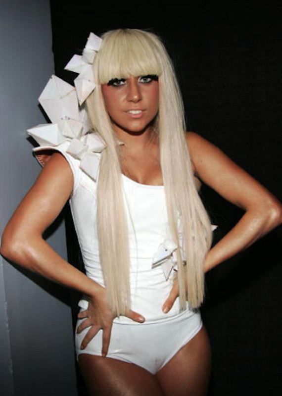 Lady-Gaga-Monster
