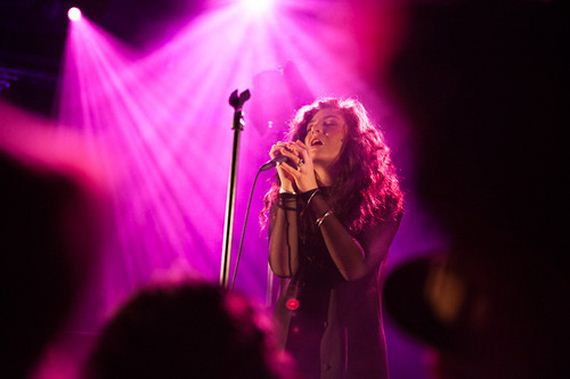 Reasons-To-Get-Obsessed-With-Lorde