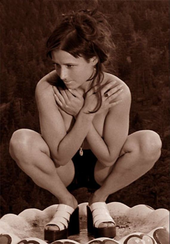 naked Shawnee smith