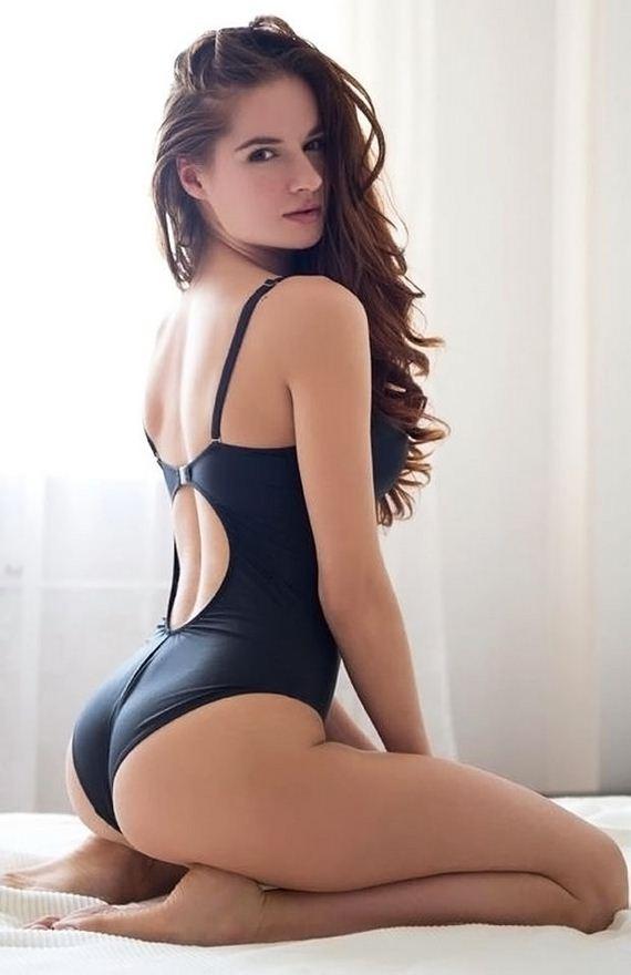 Sexy nude petite full figure ladies