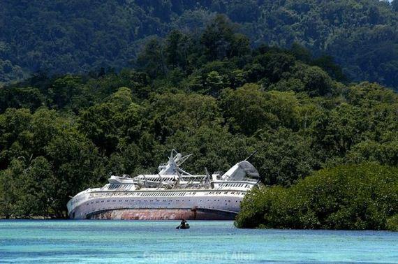 Abandoned Cruise Ship World Discoverer Barnorama