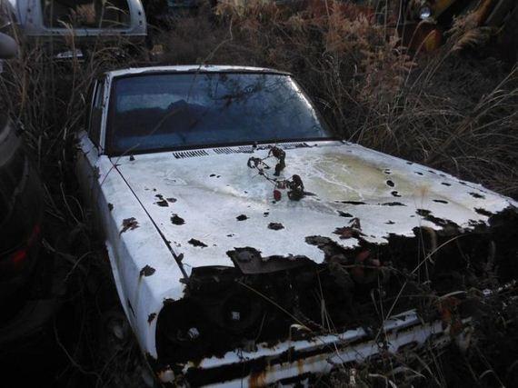 abandoned_cars