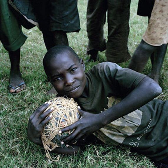 african-kids-love-soccer