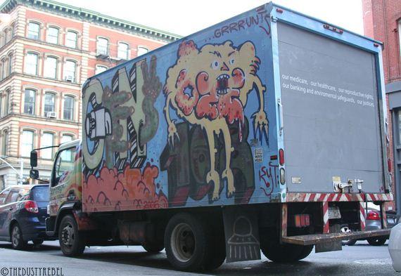 amazing-graffiti-vans