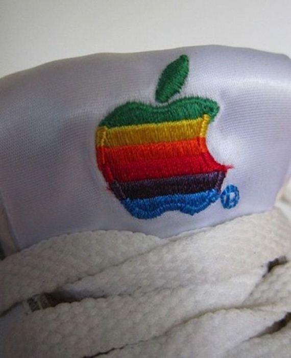 apple-sneakers