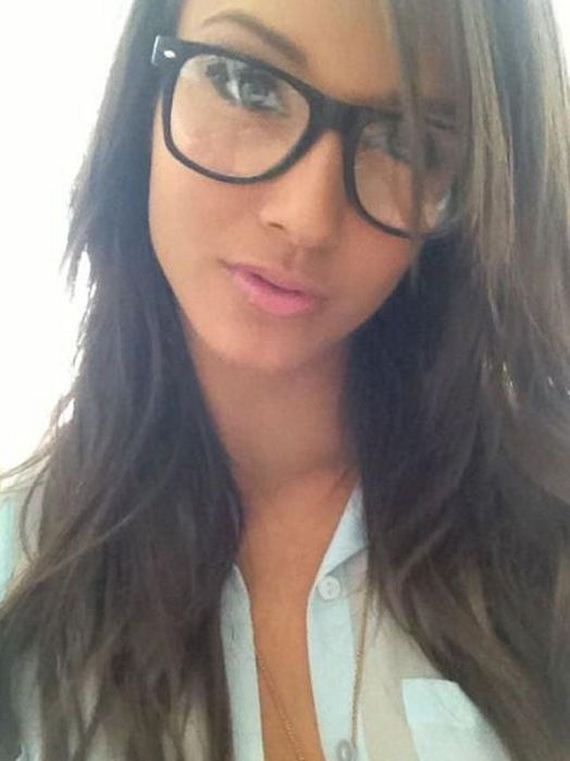 bespectacled_beauties