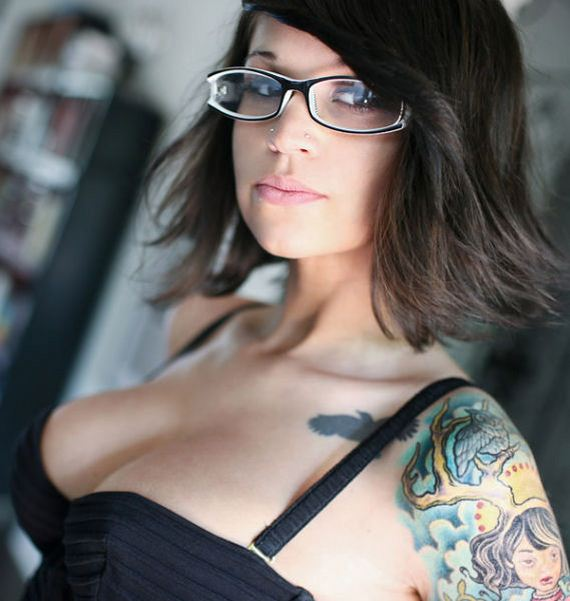 bespectacled_beauties_640