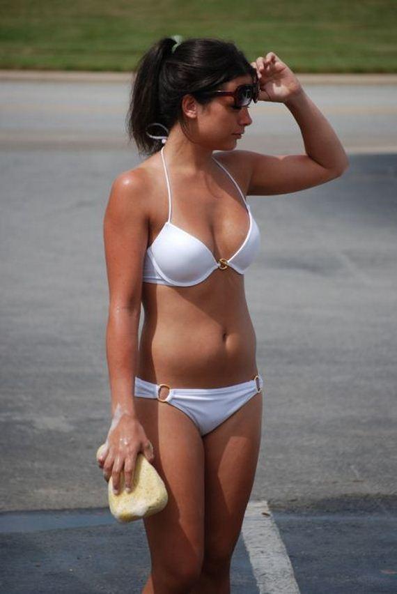 bikini_car_wash