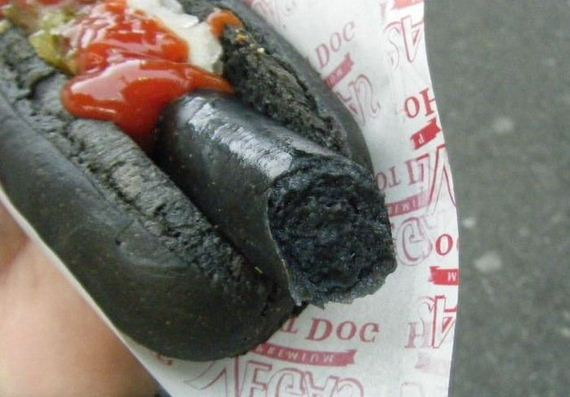 black_hot_dog