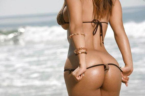 Brazilian bikini babes have the best bums