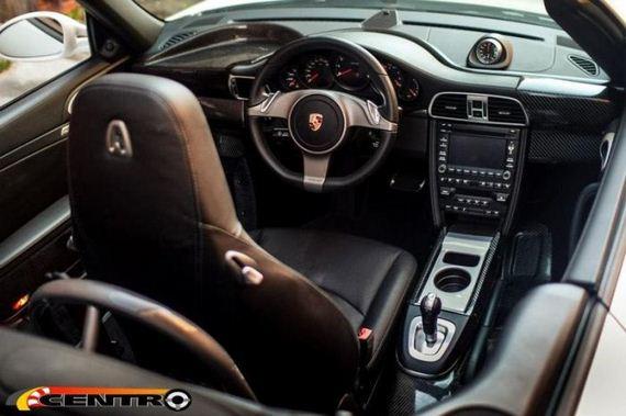 centre-seat-porsche-911-cabrio