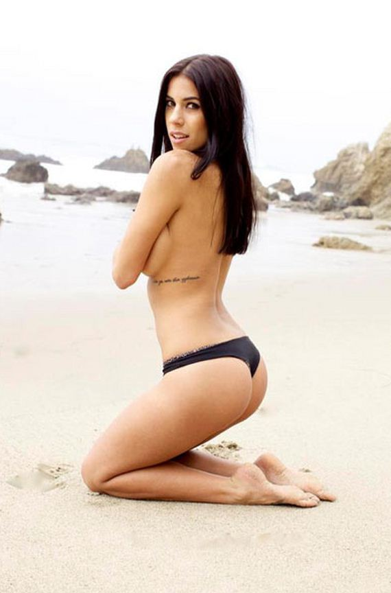 Devin Brugman Is The Bikini Queen Of Instagram Barnorama
