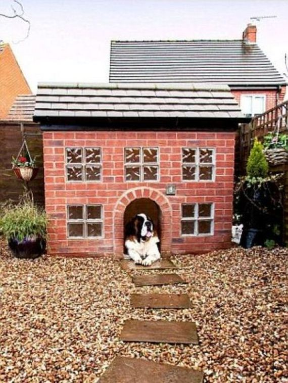 dog_house_replica