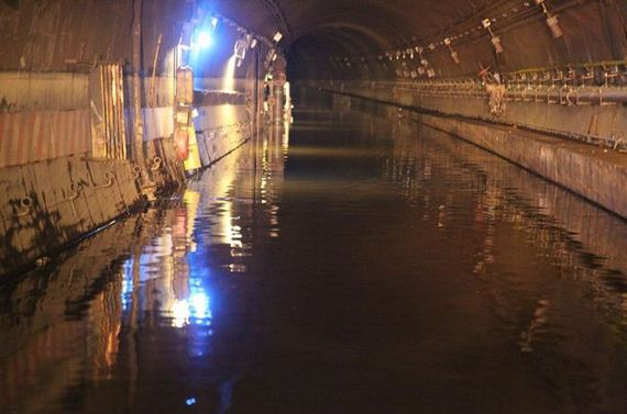 flooded-nyc-subway