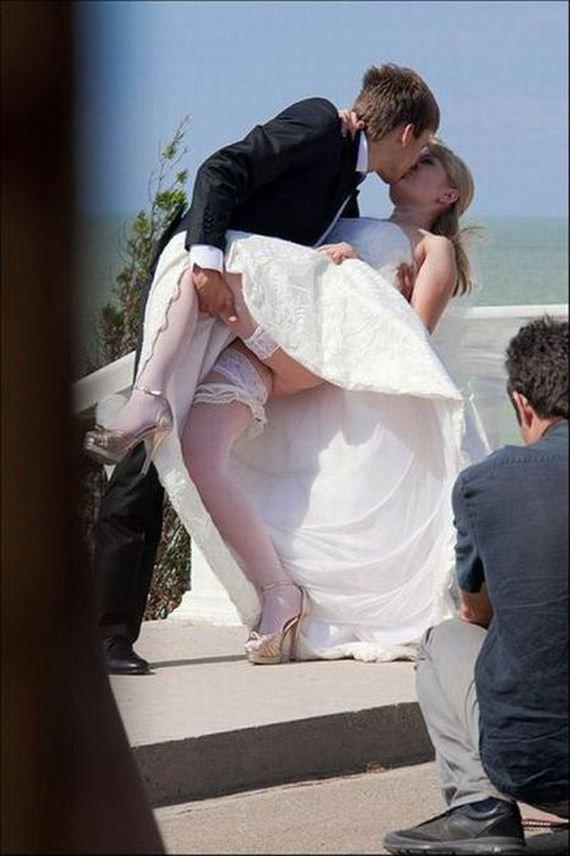 Ах, эта свадьба пела, пела и плясала. . И такие отличные фотки нарисовала,