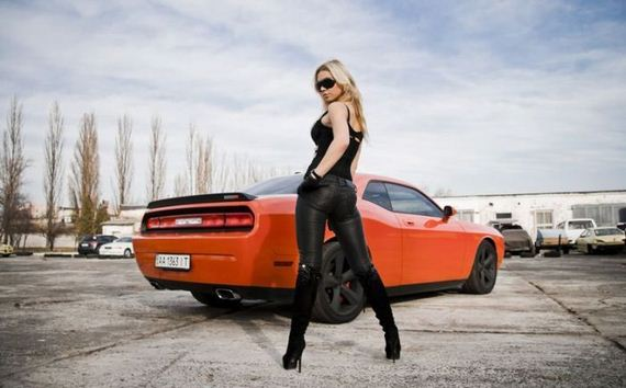 girls-and-cars