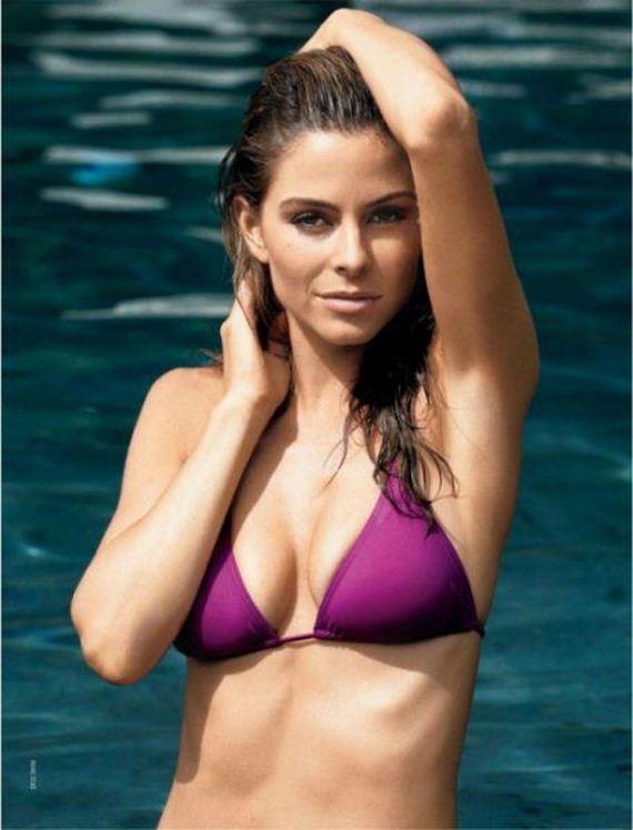 girls-in-bikini-52