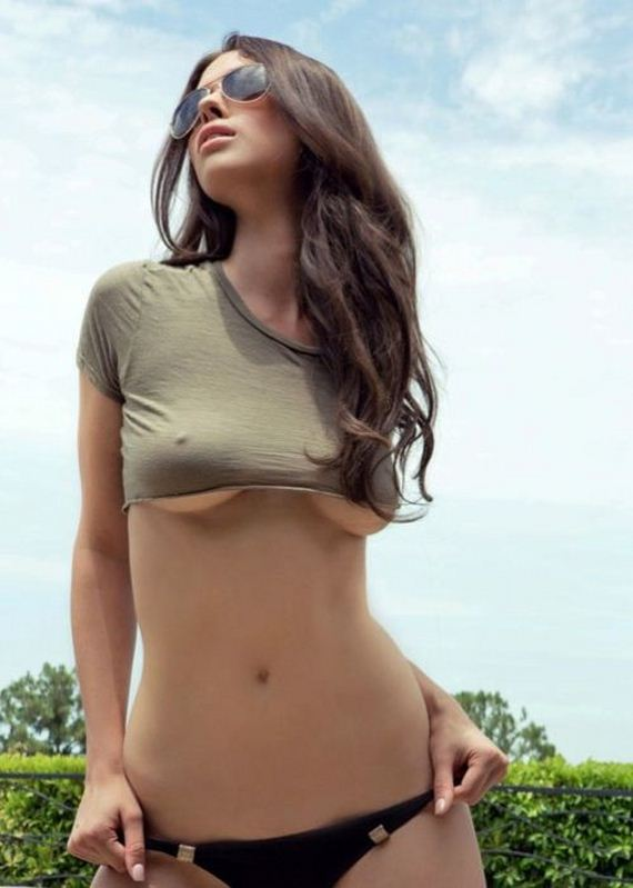 girls-wearing-clothes-in-a-very-sexy-way-30