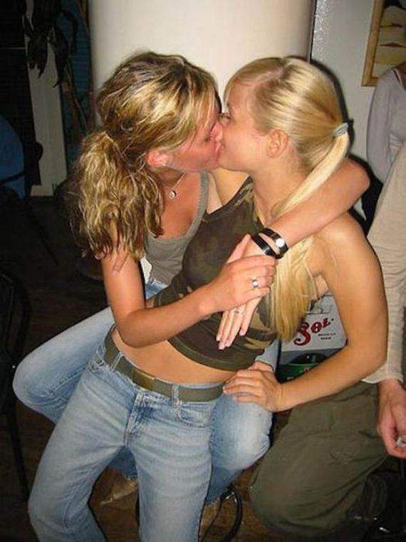German matures licking each other in swinger party