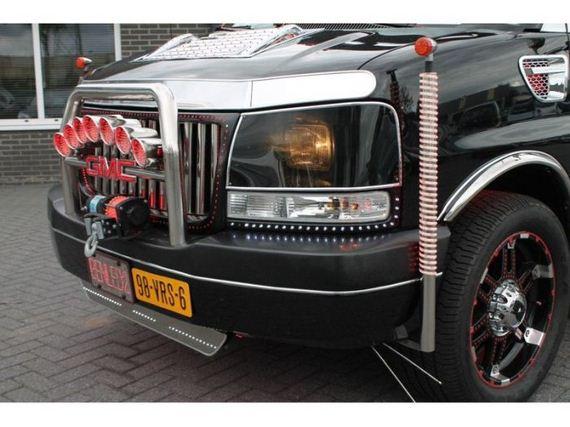 gmc-savana-limousine