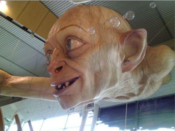 gollum-statue-