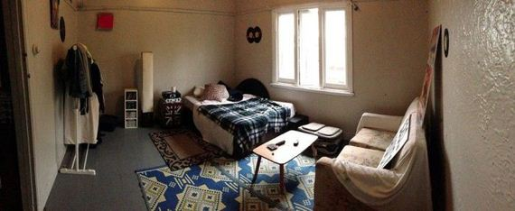 guys_give_roommate_unwanted_room_remodel
