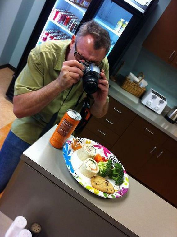 hipsters_who_are_really_food_photographers_in_disguise