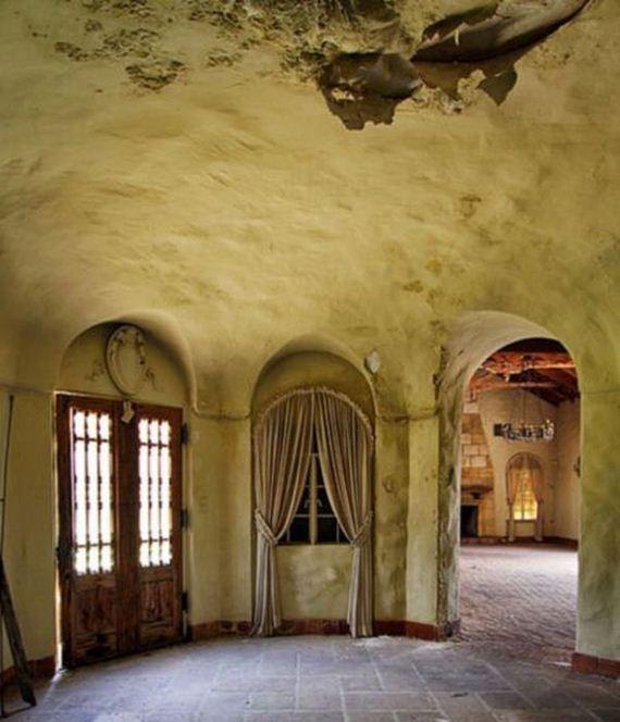 inside_bin_ladens_florida_mansion