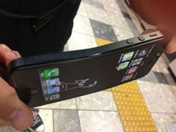 iphone-5-can-bent