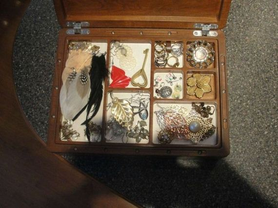 jewelry-box-with-a-secret