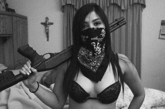 lead_user_girls_guns_acme