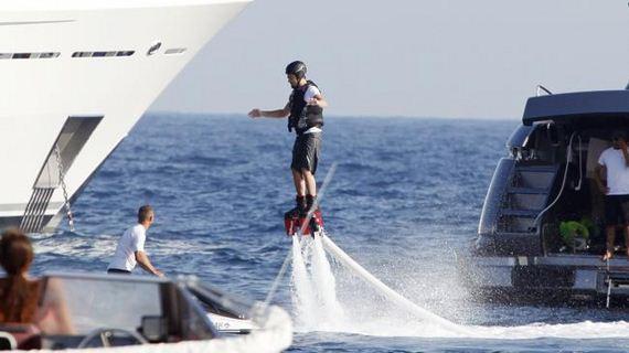 leo-flyboard-1