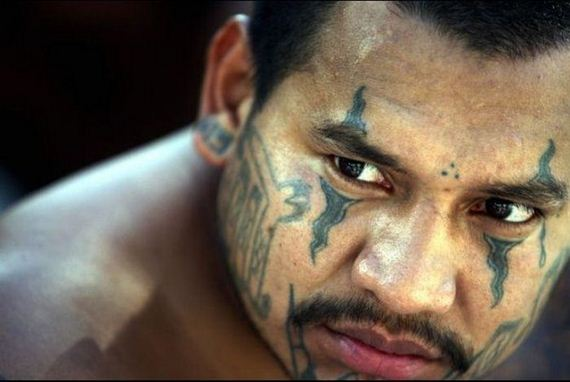 look_at_the_violent_terrifying_gangs_of_el_salvador